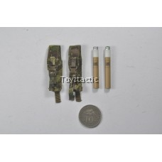 DAMTOYS 78047B - 1/6 Russian Spetsnaz FSB Alpha Group - Classic Version - ROP Flares with Pouch (Multicam)