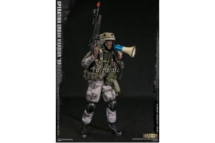 "DAMTOYS 78080 1/6 Operation Urban Warrior '99 - Marine Corps Urban Warfare Exercises in Oakland ""Gunnery Sergeant Crews"""