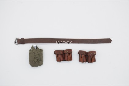 ALERT LINE AL100032 1/6 WWII Soviet Medical Female Soldier - Leather Belt with Canteen and Leather Ammo Pouches